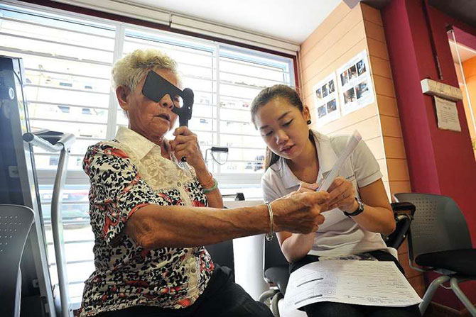 Singapore's Mobile Eye Clinic